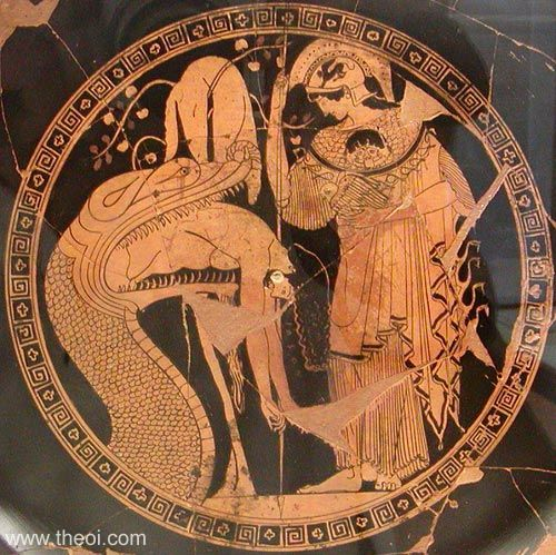 medea vs odysseus Odysseus vs beowulf  odysseus seems to have little or no problems morally with sacrificing his men throughout the journey this is his only flaw.